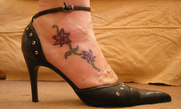 20 Flowers Foot Tattoos Small Heart Ideas And Designs