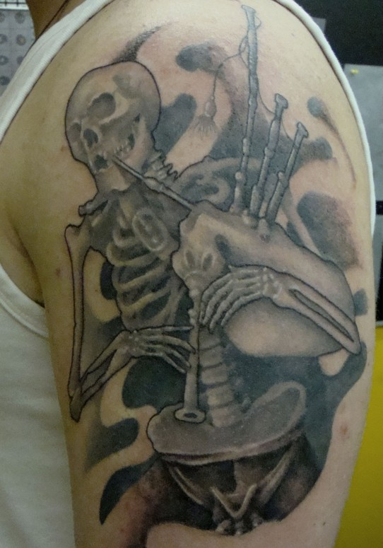 Bone Daddys Tattoo : daddys, tattoo, Daddy, Bagpiper, Jessica, TattooNOW