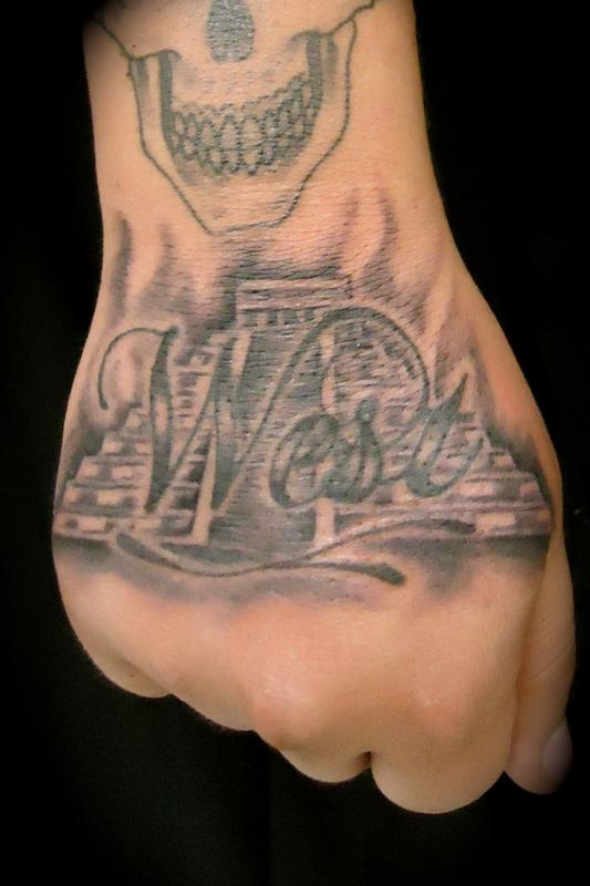 Aztec Pyramids Tattoo : aztec, pyramids, tattoo, Aztec, Pyramid, Lewis:, TattooNOW
