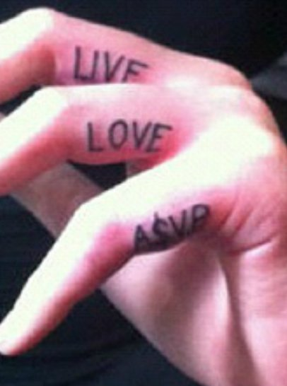 "Iggy Azalea S ""Live Love A Ap "" Tattoos On Her Fingers Ideas And Designs"