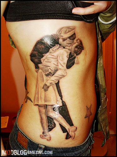 Times Square Kiss Tattoo Bme Tattoo Piercing And Body Ideas And Designs