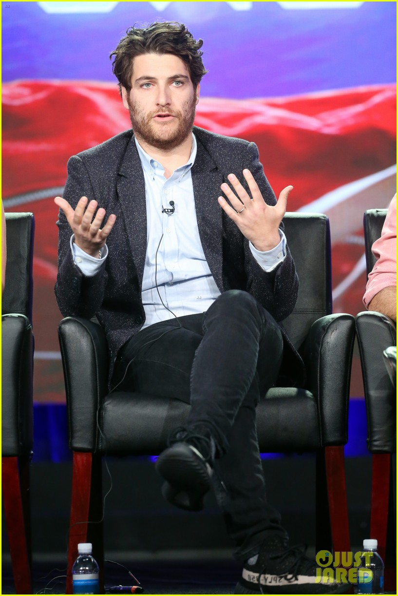 The Mindy Project S Adam Pally Arrested For Alleged Ideas And Designs