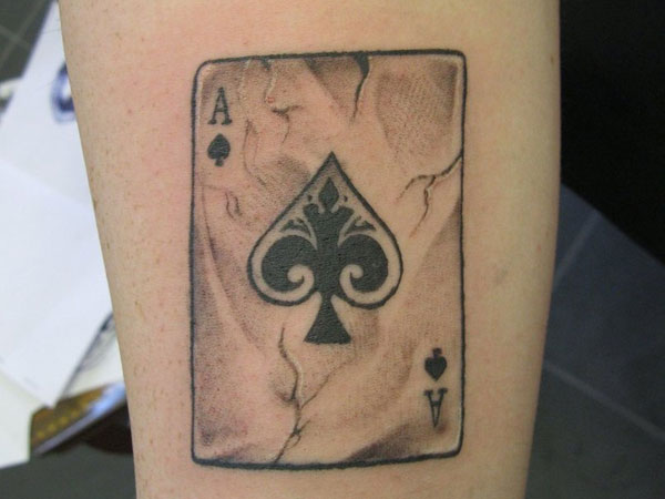 25 Addictive Card Tattoos Slodive Ideas And Designs