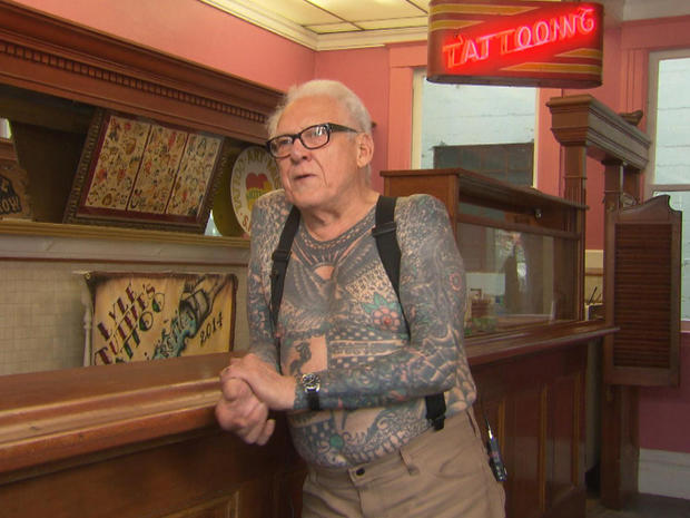 Lyle Tuttle At The Tattoo Parlour Pictures Cbs News Ideas And Designs