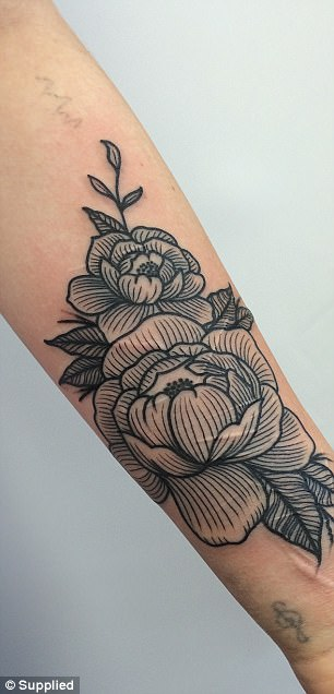 New Zealand Woman Gets Tree Tattooed Over Self Harm Scars Ideas And Designs