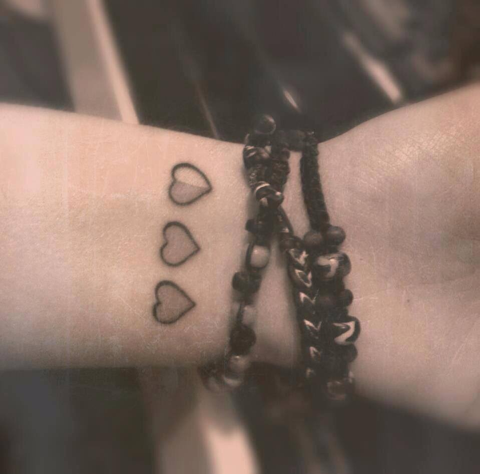 3 Hearts Wrist Tattoos Cool Tattoos Online Ideas And Designs