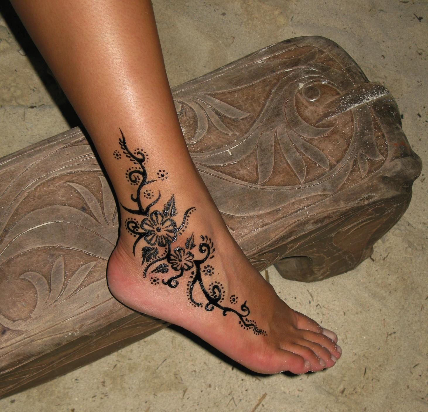 Henna Tattoo Images Designs Ideas And Designs