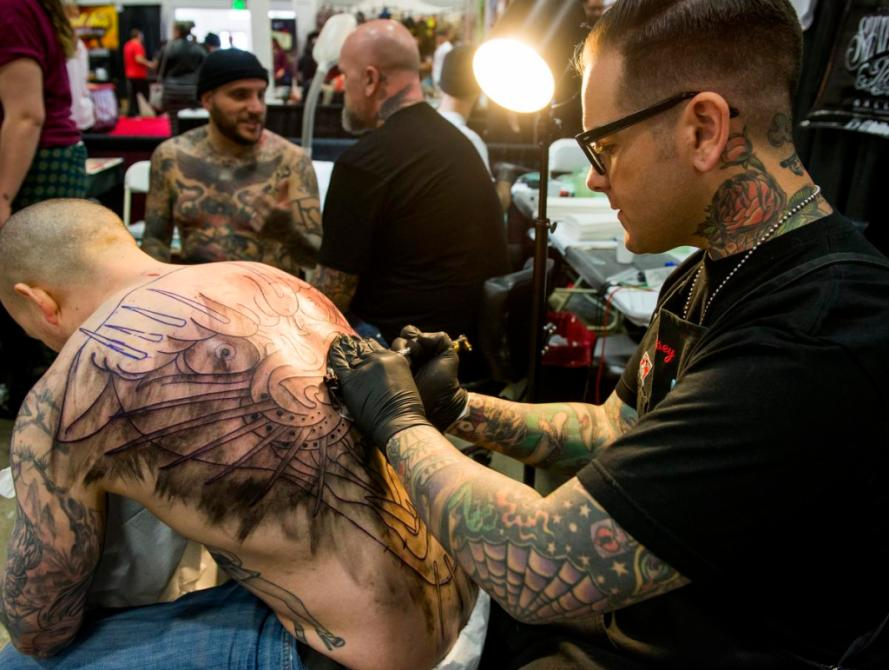 Photos Orange County Tattoo Artists On Display At Musink Ideas And Designs