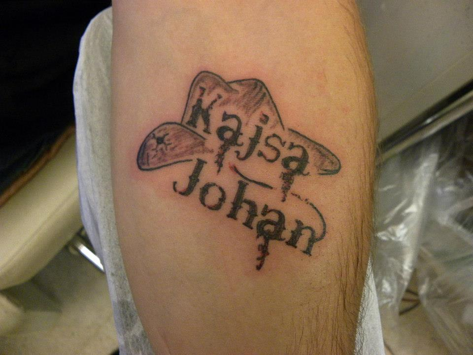 Barnens Namn Big City Tattoo And Bodypiercing Ideas And Designs