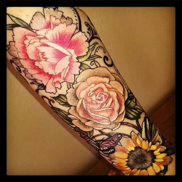 Alice Kendall At Wonderland Tattoo Portland Oregon Is An Ideas And Designs