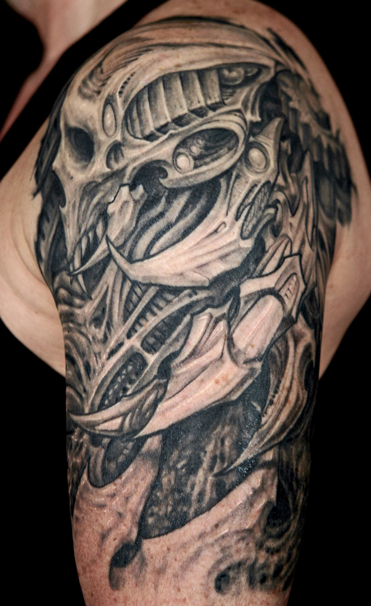 25 Amazing Biomechanical Tattoos Design Tattoo Design Ideas And Designs