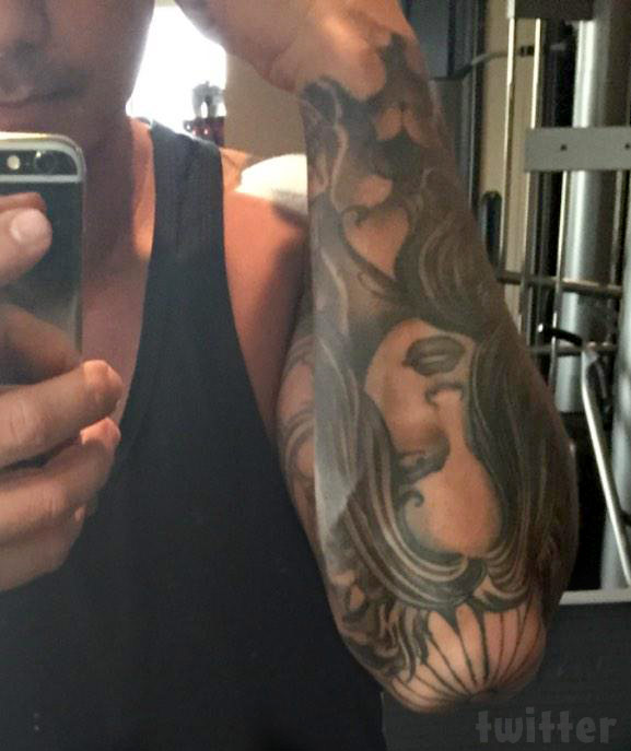 Who Is The Woman S Face Tattooed On Pauly D S Arm Ideas And Designs