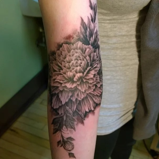 23 Floral Tattoos That Are So Much Better Than A Bouquet Ideas And Designs