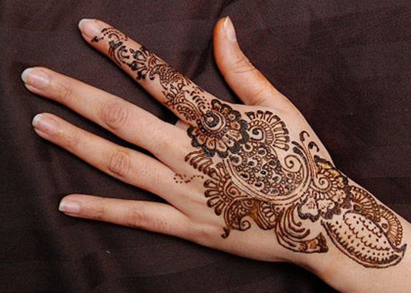 Henna Not Just Another Pretty Face Traditional Roots Ideas And Designs