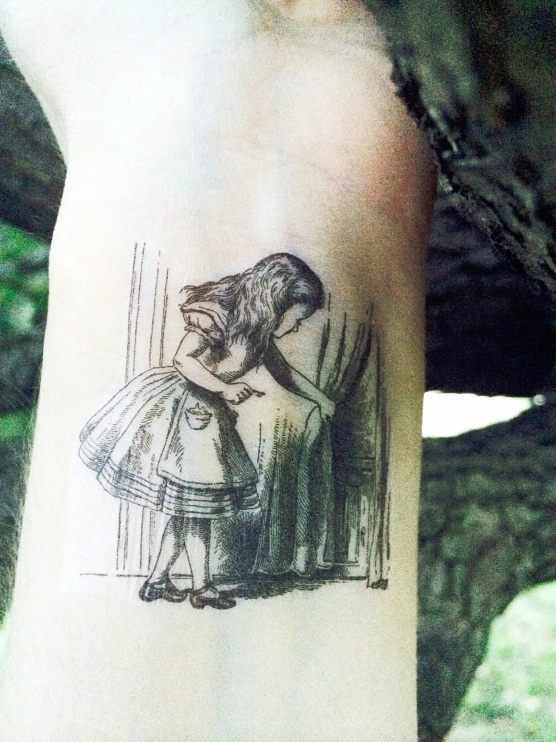 Alice In Wonderland Temporary Tattoo Ideas And Designs