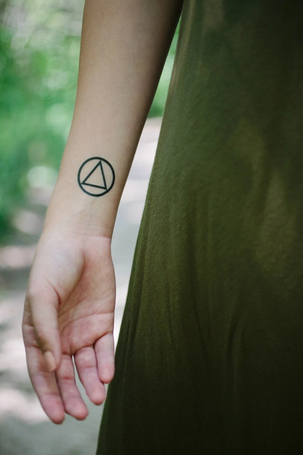 Alcoholics Anonymous Aa Symbol Temporary Tattoo Set Of 2 Ideas And Designs