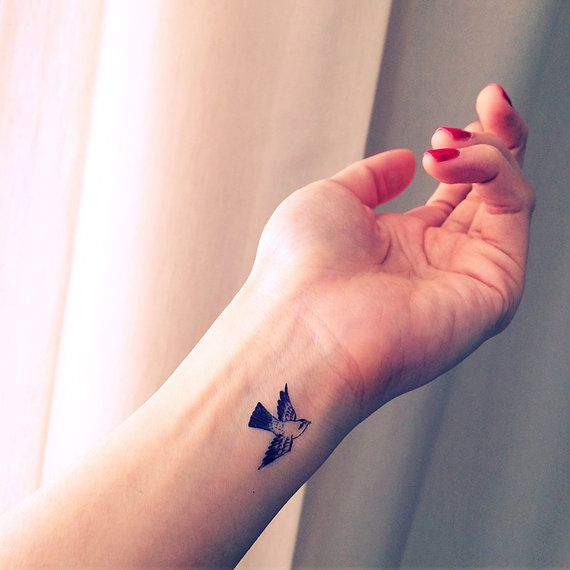 Best 10 Small Sparrow Tattoos Ideas On Pinterest Ideas And Designs