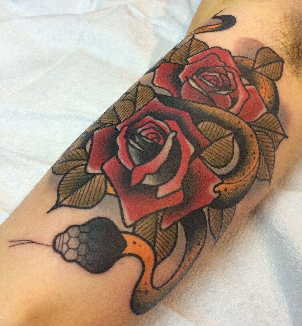 Neotraditional Snake And Roses By Dannii Garbiras Guesting Ideas And Designs