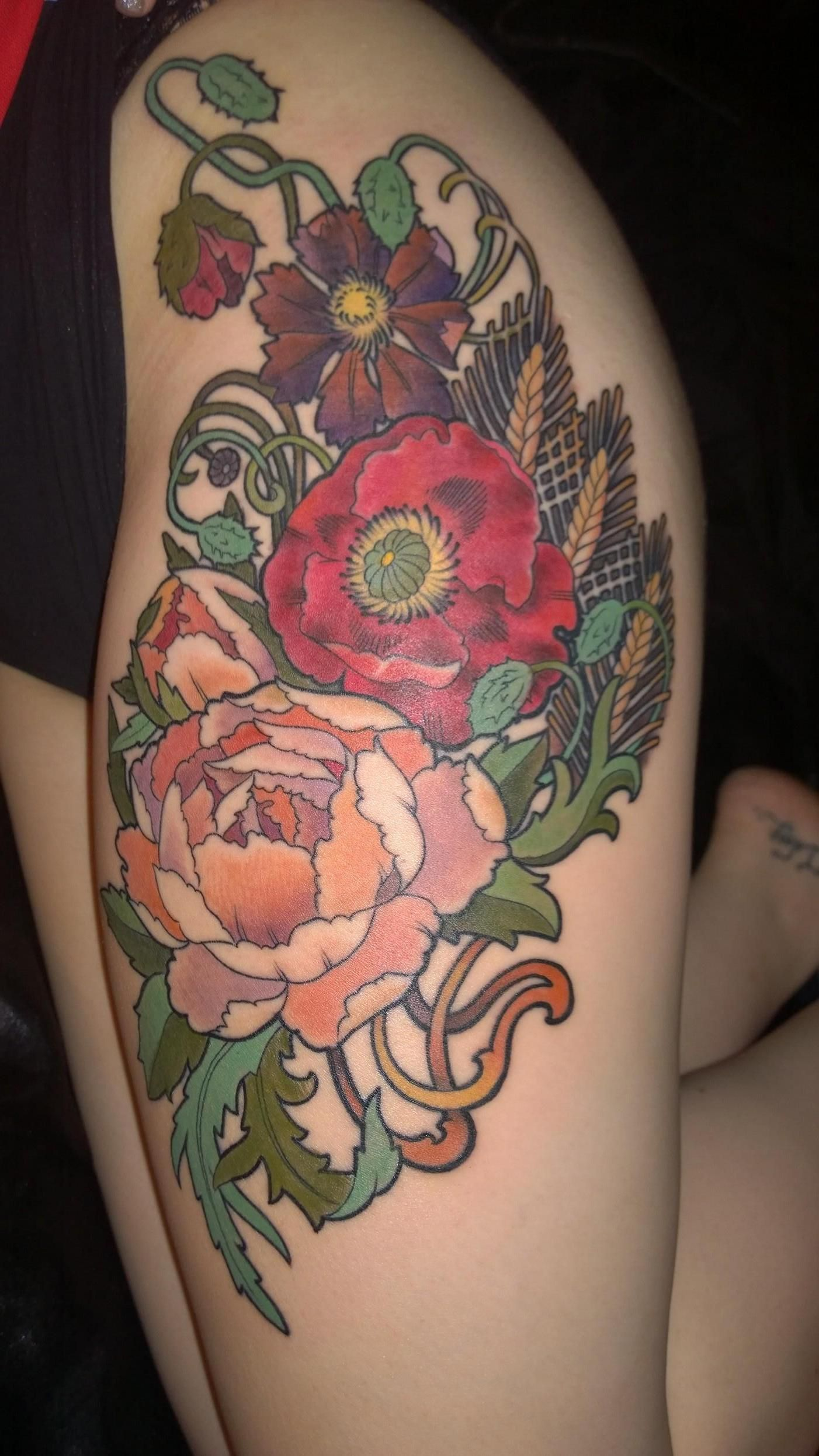 Nice My Newest Artwork Mucha Inspired Flowers On My Thigh Ideas And Designs