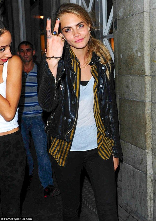 She Just Loves To Party Cara Delevingne Looks Tipsy On Ideas And Designs