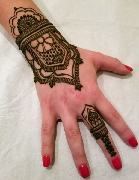 Arva A Henna Tattoo Artists Ideas And Designs