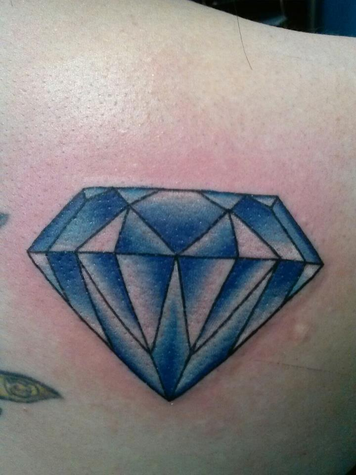 22 Diamond Tattoo Images Pictures And Ideas Ideas And Designs