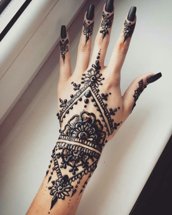 99 Beautiful Henna Tattoo Ideas For Girls To Try At Least Once Ideas And Designs