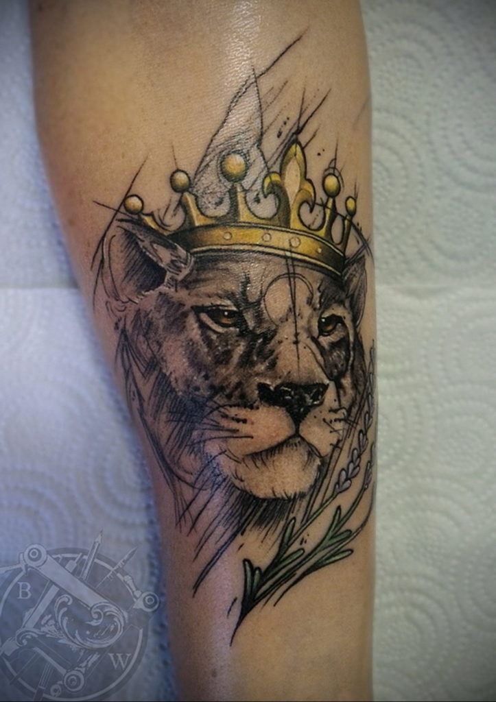 Lion With Crown Tattoo Meaning : crown, tattoo, meaning, Tattoo, Crown, 08.12.2019, №015, -tattoo, Crown-, Tattoovalue.net