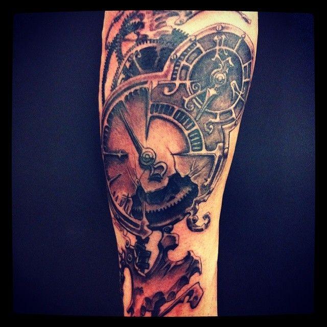 Un Reloj Estilo Steam Punk Que Le He Puesto A Raul Tattoo Viper