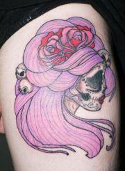 body - tattoo's female skull