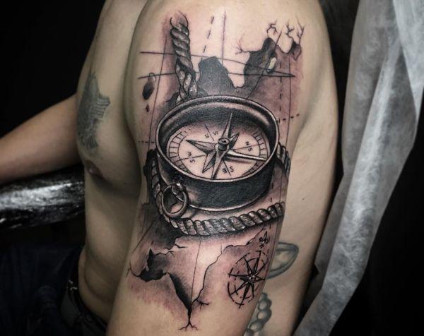 Piccoli Tatuaggi Spalla Uomo | TeachersHub