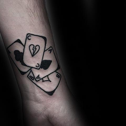 90 Naipe Tatuajes Para Los Hombres Ideas De Diseño Lucky