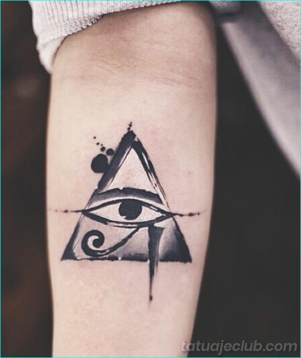 25 Símbolos De Tatuaje De Buena Suerte Con Un Significado Detrás De