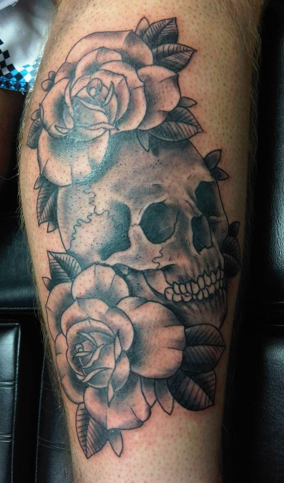 Hermosos Tatuajes De Rosas En Blanco Y Negro