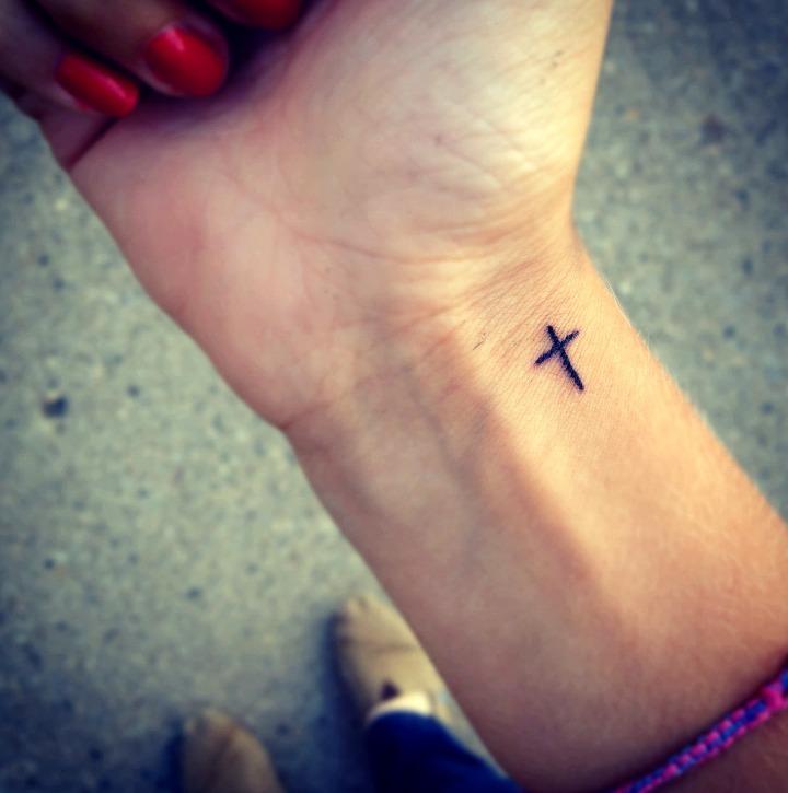 27 Ideas De Tatuajes De Cruces De Hombremujer Fotossignificado