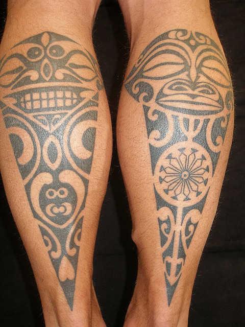 Tatuajes maories piernas