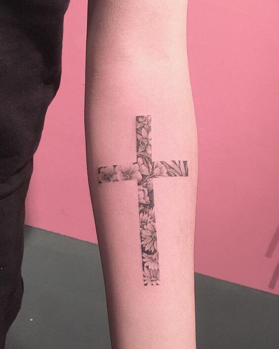 Los 60 Mejores Tatuajes De Cruces Para Mujer