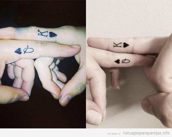 Tatuajes En Pareja De Póker Kq 25 Diseños En Los Dedos La Mano