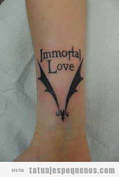 Tatujes Pequeños Y Oscuros De Estilo Emo Y Gótico Tatuajes Pequeños