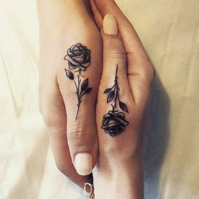 Los 25 Mejores Tatuajes Pequeños De Rosas Tatuajes Pequeños