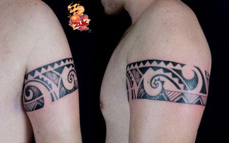 Tatuaje De Un Brazalete Maori En El Brazo