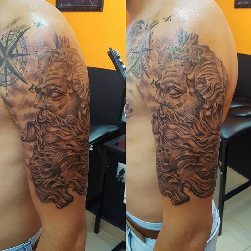 Tatuaje Realizado En El Estudio The Inkperfect Tattoo Shop Zeus