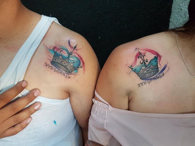 Tatuaje Del Artista Mexicano Baloo Rodríguez Coronas En Pareja