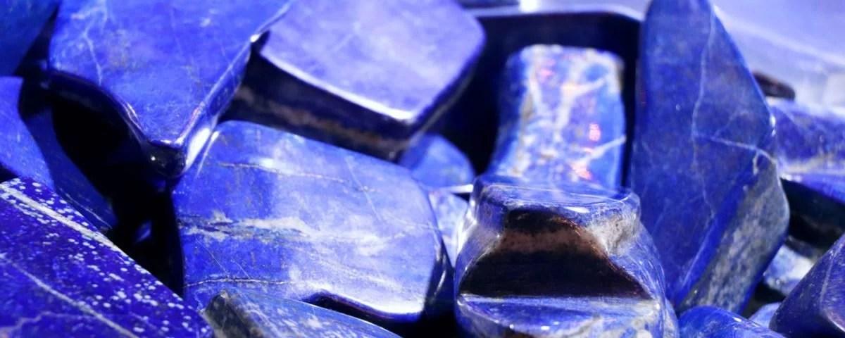 Dormir avec un lapis-lazuli