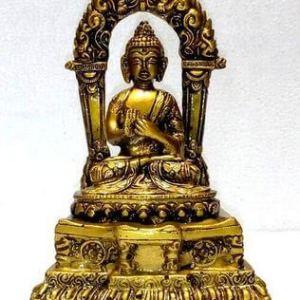 Statue Résine Bouddha sur Autel 19cm