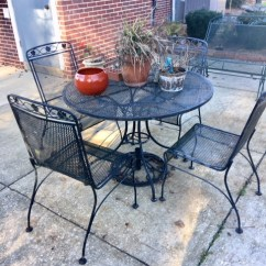 Outdoor metal patio set