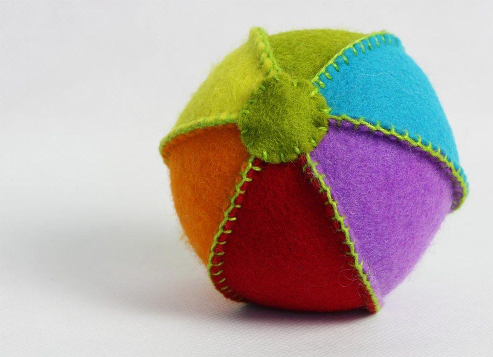 Feltie ball in rainbow colours