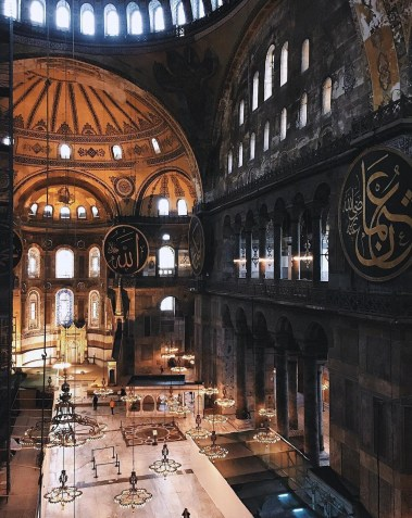 Hagia Sophia, Fatih Istanbul Turkey - Architecture, Art, Byzantine architecture, Dome, Holy places, Mosque
