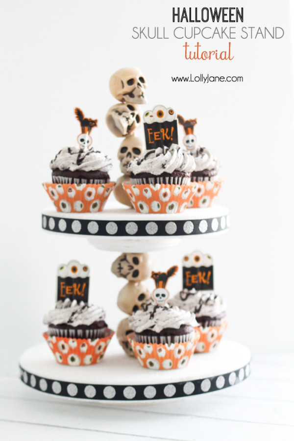 Skull Cupcake Stand via LollyJane