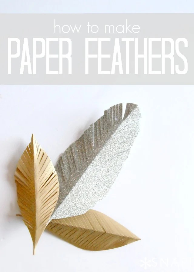 DIY Paper Feathers via https://taunieverett.com #giftwrap #papercraft #feathers